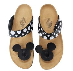 I recently came across some sandals that I had featured in a previous article but these are easier to get a hold of now, as you don& have to go to an international site. Today& Disney discovery is a pair of Mickey Mouse sandals! Mickey Mouse Shoes, Disney Mickey Mouse, Stylish Sandals, Flat Sandals, Flat Shoes, Shoes Sandals, Pump Shoes, Heels, Disney Shoes