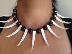 Ula Nifo interpretation: Necklace with Teeth.