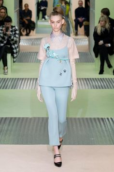 Pastel colored clothing / pastels trend