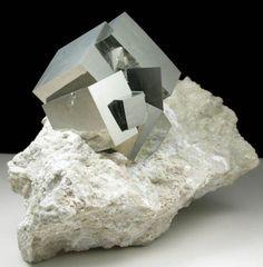 Pyrite in matrix from Victoria Mine, Navajún, La Rioja, Spain