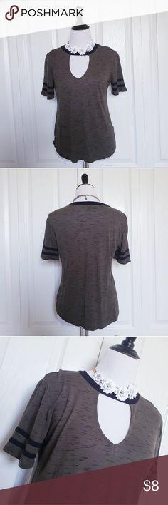 2cf3be3c2 Joe boxer cutout tshirt Army green & black choker style tshirt from Joe  boxer Size L