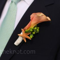 beautiful Calla Lilly Boutonniere