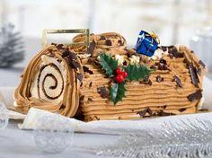 Découvrez la recette Bûche de Noël à la crème au beurre sur cuisineactuelle.fr.