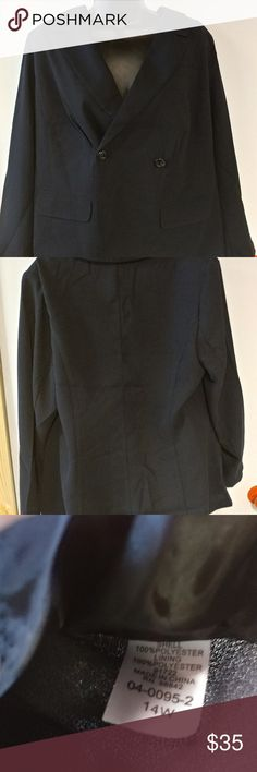 🚙DONATING 3/24🚙 Brand new Polyester Lined  Brand new! Black Blazer Career Jacket Sz 14w true to size women's plus size Would fit xl or 16 great Just ordered but Black is too much for me Excellent quality and nice fitting.. Smoke and pet free Woman Within Jackets & Coats Blazers