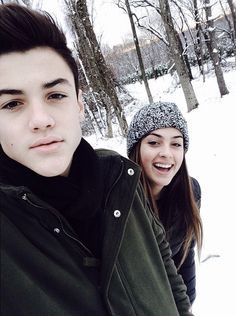 hey I'm Trent and I'm 17 and thats my twin sister Leah she's 17 as well. we are ashers best friends just like dalton and trace. nice to meet you guys (fcs: Ethan Dolan and Cameron dolan) Ethan And Grayson Dolan, Ethan Dolan, Cameron Dolan, My Best Friend, Best Friends, Twin Photos, Cute Twins, Young Love, Foto Pose