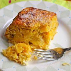 Torta de Maduro (Ripe Plantain and Cheese Cake)-My Colombian Recipes My Colombian Recipes, Colombian Food, Cuban Recipes, Sweet Recipes, Colombian Dishes, Spanish Recipes, Spanish Food, Plantain Recipes, Banana Recipes
