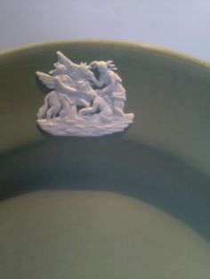 A lovely sage green Wedgwood Jasperware plate measuring inches, 17 centimetres across. A collectors plate and in excellent condition. Wedgwood, Heart Ring, Etsy Shop, Plates, Unique Jewelry, Handmade Gifts, Green, Check, Vintage
