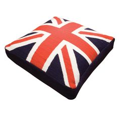 """Union Jack dog bed, love how the site describes it, """"Pop graphics for posh puppies!"""" #JonathanAdler"""