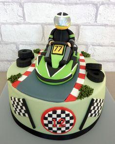 Go Karting birthday cake Racing Cake, Race Car Cakes, Truck Cakes, Baby Boy Cakes, Cakes For Boys, Family Cake, Karts, Sport Cakes, Car Party