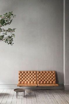 Beautiful wall hanging sofa PK26 sofa by Poul Kjærholm