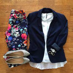 Floral pants, Blazer, Glitter Flats | #workwear #officestyle #liketkit | www.liketk.it/1hW9i | IG: @whitecoatwardrobe
