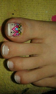 Pies                                                                                                                                                                                 Más Pretty Pedicures, Pretty Toe Nails, Love Nails, Short Nail Manicure, Pedicure Nail Art, Cat Nail Art, Cat Nails, Fingernail Designs, Toe Nail Designs