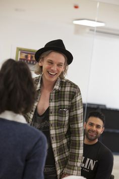 Jamie Campbell Bower and Lauren Samuels rehearse Bend It Like Beckham - Photos - 13 Apr 2015 - WhatsOnStage.com