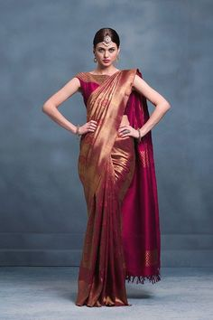 Find out about the best quality. Elegant design Indian sari also . - Find out about the best quality. Elegant design Indian sari also includes items like … - Bridal Sarees South Indian, Wedding Silk Saree, Indian Bridal Fashion, Kanchipuram Saree Wedding, South Silk Sarees, Silk Saree Blouse Designs, Saree Blouse Patterns, Kanjivaram Sarees Silk, Indian Silk Sarees