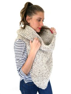 PATTERN for Chunky Soft Knit Poncho Cowl // von TwoOfWandsShop