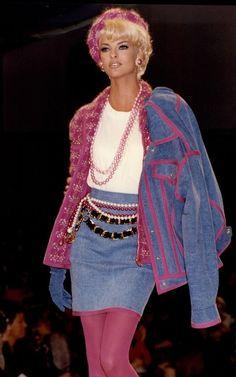 """totalrecallvintage: """"Linda Evangelista, Chanel 1991 """""""