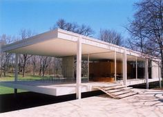 Google Image Result for http://zouchmagazine.com/wp-content/uploads/2010/10/farnsworth-house-mies-van-der-rohe-e1286308366557.jpg