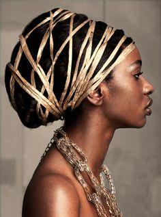 african turban-like hairdo African Beauty, African Women, African Fashion, Art Afro, Fashion Fotografie, African Head Wraps, Trends 2018, Beautiful Black Women, Beautiful Life