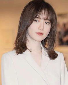 Trong hình ảnh có thể có: 1 người Korean Actresses, Korean Actors, Actors & Actresses, Boys Before Flowers, Girls With Flowers, Gu Hye Sun, Korean Celebrities, Celebs, Ahn Jae Hyun