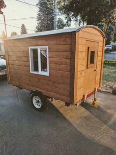 camper pine tongue & groove on a harbor freight trailer. Diy Camper Trailer, Teardrop Camper Trailer, Tiny Camper, Small Campers, Camper Van, Cheap Tiny House, Tiny House On Wheels, Custom Trailers, Tiny Trailers