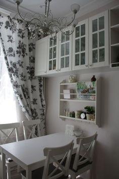 шторы стол