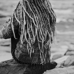 #beachdreads #longdreads #dreads #dreadlocks #dreadlockstyle #wonderlocks #dreadbeads #dreadhead #dreadhair #dreadgirl #girlwithdreads #loveyourdreads #mountaindreads