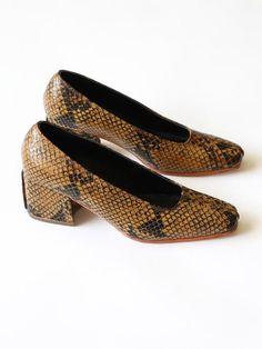 c39511d10bc NO. 6 - Ada Pump in Ochre Snake Animal Print Outfits