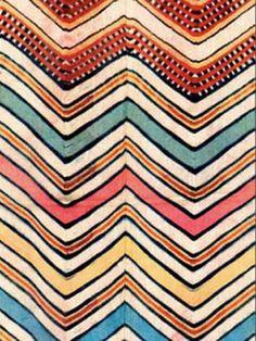 Zig Zag - antique textile