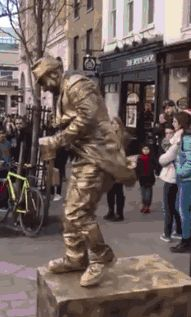 Great gifs 30 May 2015 … Funny Cute, Hilarious, Funny Clips, Street Artists, Best Funny Pictures, Animated Gif, The Incredibles, Statue, Cool Stuff