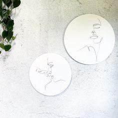 Muurcirkel One line Face rond wandpaneel Cozy House, Line Art, Inspiration, Biblical Inspiration, Cosy House, Line Drawings, Inspirational, Line Illustration, Stripes