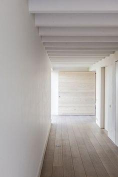 Lovendegem by Pascal Bilquin Architect