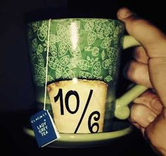 alice in wonderland. I want this cup!!!!!