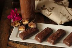SNICKER'S Candybar! Low carb and gluten free!