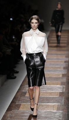 Valentino Fall 2012 ... perfect www.fashionologie.com