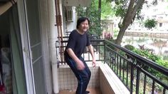 Qigong: How to hold a squat position by loosening up the archilles tendon.