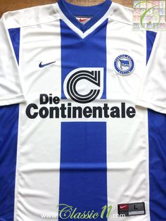 Relive Hertha Berlin 1999/2000 season with this vintage Nike home football shirt.