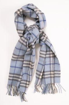 64 meilleures images du tableau Burberry scarves   Burberry scarf ... 1bd2fb8d7da