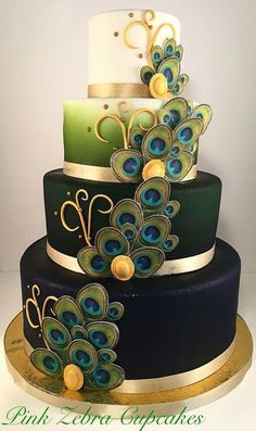 Peacock Wedding Cake The Effective Pictures We Offer You About half chocolate wedding cake A quality picture can tell you many things. You can find the most beautiful pictures that can be presented to Creative Wedding Cakes, Beautiful Wedding Cakes, Gorgeous Cakes, Wedding Cake Designs, Pretty Cakes, Cute Cakes, Wedding Themes, Fondant Wedding Cakes, Wedding Cakes With Cupcakes