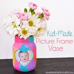 Today was the first day that it felt like Spring, so I decided to work on some colorful Spring crafts for the house. We picked up some flower's while we were out running some errands today, so what better way to display them than some colorful spring vases. This tutorial is easy enough that my toddler …