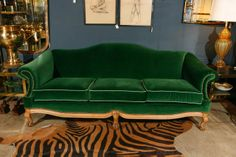 Queen Anne Camel Back Sofa Best Leather Sofa, Upholstered Furniture, Painting Upholstered Furniture, Sofa Makeover, Furniture, Furniture Inspiration, Green Sofa Living Room, Leather Sofa, Sofa Deals