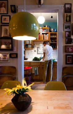 When considering ideas for a rental kitchen makeover, don't forget the lighting! There's a cheap and easy way to make your rental kitchen bright and cheery. Overhead Kitchen Lighting, Under Cabinet Lighting, First Apartment, Apartment Kitchen, Apartment Ideas, Chicago Apartment, Apartment Therapy, Rental Decorating, Decorating Tips