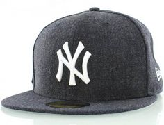 New York Yankees Streamliner 59Fifty Fitted Baseball Cap by NEW ERA x MLB
