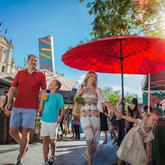 Experience Brisbane via a Brisbane Greeters guided tour. Team up with one of our friendly and knowledgeable Brisbane Greeters. Brisbane, Road Trip, Fair Grounds, Product Launch, Marketing, Beautiful, Summer, Summer Time, Summer Recipes