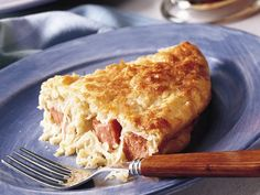 If you shy away from making homemade pies—savory or sweet—because of the crust (it can be tricky and there's all that rolling) you are in for a treat. Meet the impossible pie. Impossible pies are just the best because they Bisquick Recipes, Pie Recipes, Dinner Recipes, Cooking Recipes, Recipies, Crowd Recipes, Sausage Recipes, Casserole Recipes, Dinner Ideas