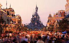 Disney, Paris Google Image Result for http://i.telegraph.co.uk/multimedia/archive/01665/disneyland-paris_1665377c.jpg