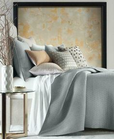 Hotel Collection Bedford Geo FULL / QUEEN Quilted Coverlet Gray #HotelCollection #Contemporary Grey And Gold Bedroom, Paramount Hotel, Hotel Collection Bedding, Bernhardt Furniture, Queen Quilt, Bed Styling, Dining Furniture, Living Room Chairs, Bed Spreads