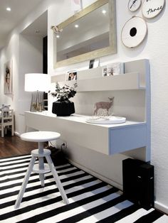 1000 images about recibidores on pinterest narrow hall for Ikea recibidores y pasillos