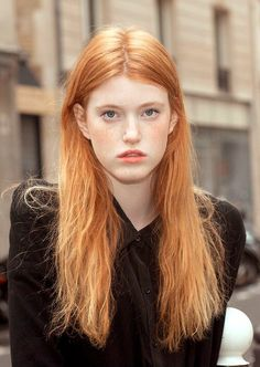 45 Cute Brown Hair Color Ideas For Valentines Day To Try Baddie Hairstyles, Weave Hairstyles, Girl Hairstyles, Red Hair Color, Brown Hair Colors, Natural Dark Hair, Red Hair Woman, Strawberry Blonde Hair, Ginger Girls