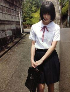nock-nock-nock: 橋本 愛 Cute School Uniforms, School Uniform Girls, Girls Uniforms, High School Girls, Sweet Girls, Cute Girls, Cool Girl, Beautiful Japanese Girl, Beautiful Asian Women