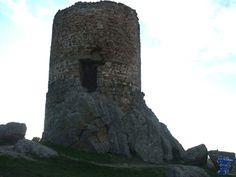 La atalaya Venturada es una torre de vigía cercana a Talamanca del Jarama, la fecha de su construcción data de finales del siglo IX, o principios del siglo X venturada 10.jpg